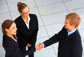 Comment devenir chargé de clientèle